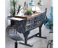 Bartheke im Boot Design Bunt