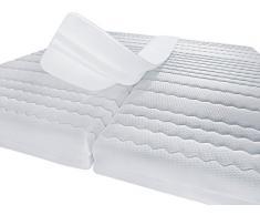 PROCAVE Matratzen-Brücke aus Schaumstoff 25 x 200 cm für Doppel-Matratze | Made in Germany | Liebesbrücke in weiß für Doppel-Bett | Matratzen-Keil als Ritzen-Füller für eine große Liegefläche