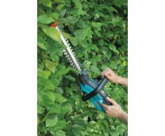 GARDENA Akku-Strauchschere ComfortCut 30: Heckenschere mit 30 cm Schnittlänge, schneidbarer Astdurchmesser bis 8 mm, LED Ladezustandsanzeige, inkl. Messerschutz und Ladegerät (8898-20)