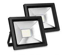 kwmobile 2x LED Flutlicht Strahler 30W - LED-Strahler 2100 Lumen mit Stromkabel - Flutlichtstrahler Hof Treppe Garten Garage Wand - Fluter Scheinwerfer