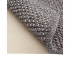 URBANARA Teppichunterlage – rutschfeste Unterlage in Creme aus Polyester – 130 x 190 cm