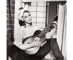 1art1 40586 Audrey Hepburn - Frühstück Bei Tiffany, Gitarre Poster Kunstdruck 95 x 95 cm