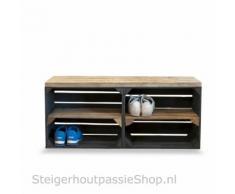 Home & Styling Schuhschrank aus Obstkisten schwarz mit altem Regalbrett lang