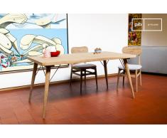 Holztisch Jotün skandinavisches Design