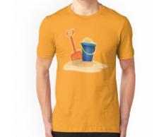 STRAND. Sand Pies, Spielen am Strand, Eimer und Spaten. Essential T-Shirt