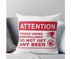 Kühlschrank unter Überwachung, kein Bier bekommen Kissen