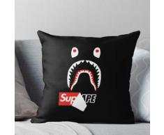 Sup Box Logo x Bape Shark Kissen
