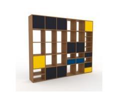 Holzregal Eiche - Modernes Regal aus Holz: Schubladen in Blau & Türen in Anthrazit - 233 x 195 x 35 cm, Personalisierbar
