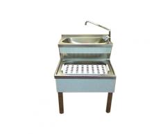 Handwaschbecken aus Edelstahl mit abnehmbarem Abtropfsieb 500 x 700 mm
