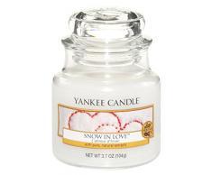 Yankee Candle Classic Housewarmer Klein, Snow In Love, Duftkerze, Raum Duft im Glas / Jar, 1249717E