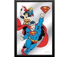 empireposter - Superman - Wonderwoman - Größe (cm), ca. 20x30 - Bedruckter Spiegel, NEU - Beschreibung: - Bedruckter Wandspiegel mit schwarzem Kunststoffrahmen in Holzoptik -