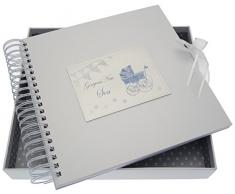 White Cotton Cards New Sohn Card/Memory Book (blau Kinderwagen und Wimpelkette)