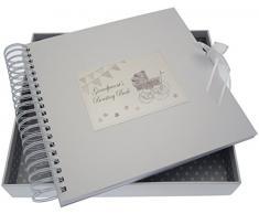 White Cotton Cards Grandparent s Boasting Card/Memory Book (Silber Kinderwagen und Wimpelkette)
